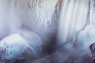 frozen-niagara